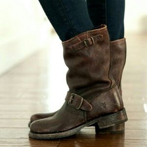 Veronica Short Slouch Frye Boots